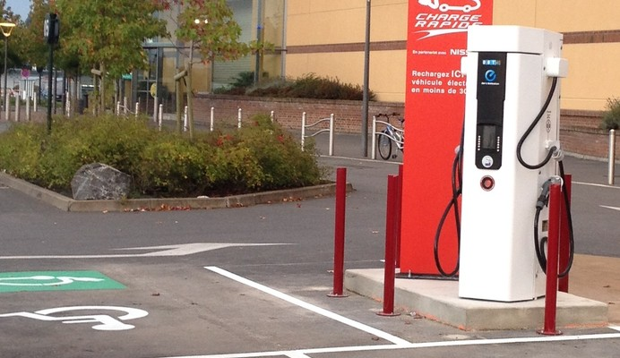 AUCHAN creates the nation's first fast-charging stations for electric vehicles (EV)