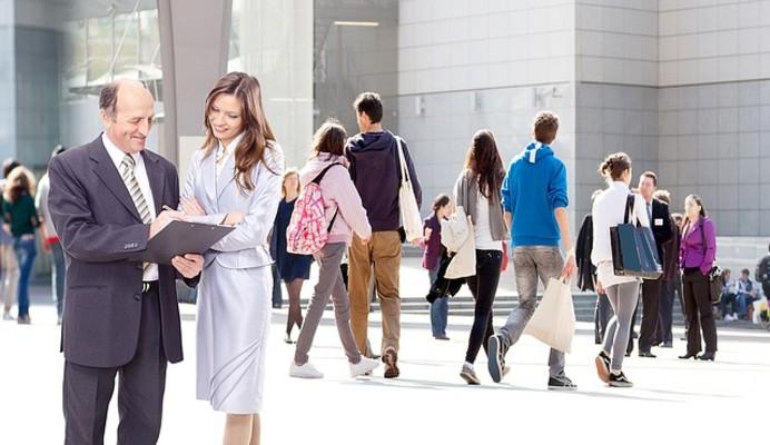 La Fondation d'entreprise KPMG France favorise les liens entre les jeunes et l'entreprise grâce au Programme Lycées